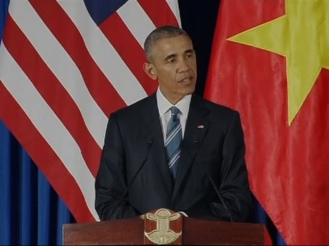 Obama Lifts Vietnam Arms Embargo