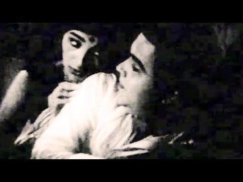 Ka Re Durava Ka Re Abola - Asha Bhosle, Mumbaicha Jawai Song