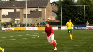 Daan Munsters scores against fortuna