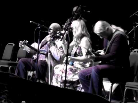 BB King, Derek Trucks&Susan Tedeschi (June 2011) - Rock Me Baby