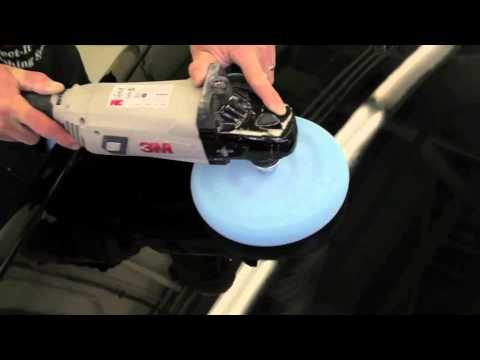 Tips For Polishing A Dark Car With 3M™ Ultrafine Machine Polish