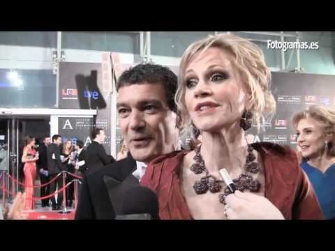 Antonio Banderas y Melanie Griffith enamoran en la alfombra roja de los Premios Goya