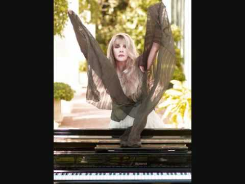 Stevie Nicks Interview on Sixx Sense 2.22.11