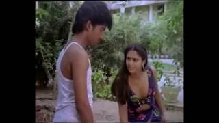 South Hot Devika Sexy thigh show