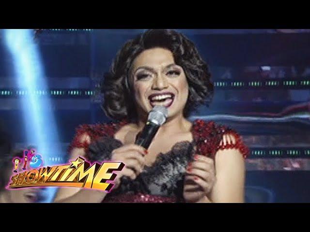 It's Showtime: Nyoy Volante transforms into a woman