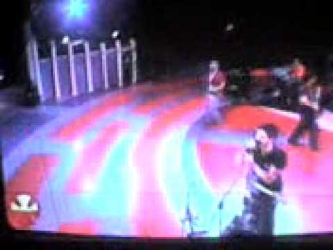 Me enamora en vivo desde la Teletón 2007 part. I