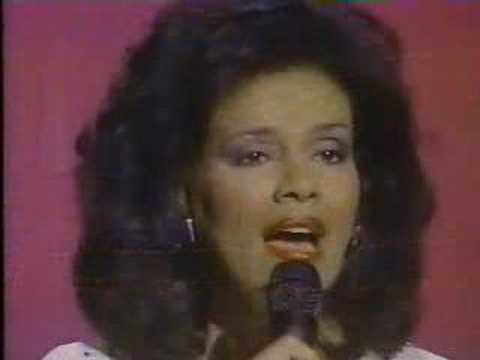 Marilyn McCoo sings My Tribute (To God Be The Glory) Music Videos