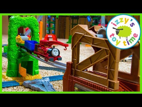Thomas and Friends Trackmaster Scrapyard Escape with Harvey | Toy Trains for Kids
