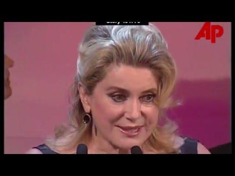 Catherine Deneuve- Bailamos