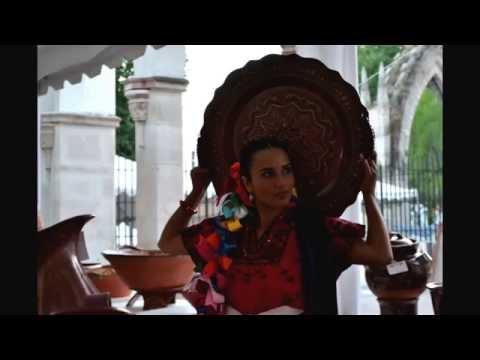 El trabajo de los artesanos Michoacanos y la tradicional música Purépecha. Uruapan, Michoacán