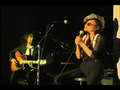 Yoko Ono - Snow Falls Silent (feat. Sean Lennon - Vincent Gallo) Tonic NYC 19 Feb 2005