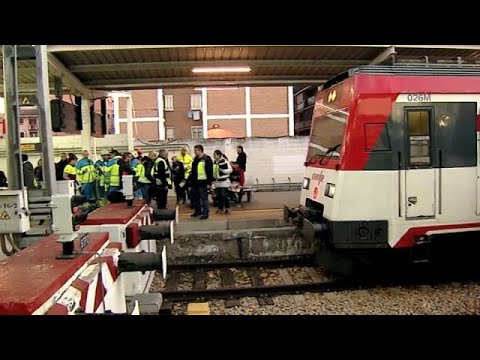 Dos heridos graves en un accidente de tren en Madrid