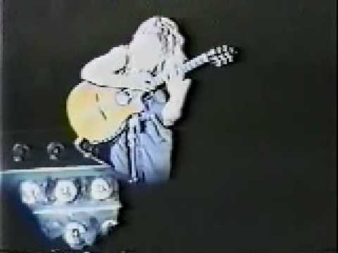 Poison - CC Deville Acoustic Guitar Solo - 6-2-89 - Middletown, NY