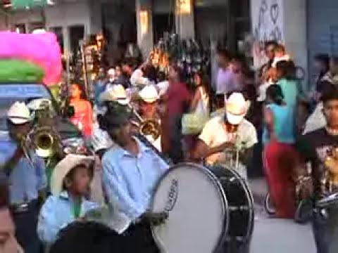 DESFILE Y FIESTA EN CHILAPA DE ALVAREZ GUERRERO MEXICO PARTE 1
