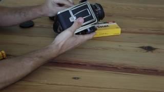 Cargar un rollo 120 mm en Hasselblad 500 cm