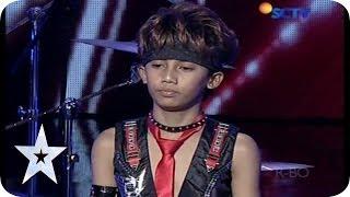 Download Lagu Cool Drummer Kid from Rachzonja Adhy Kirana Putra - AUDITION 7 - Indonesia's Got Talent Gratis STAFABAND