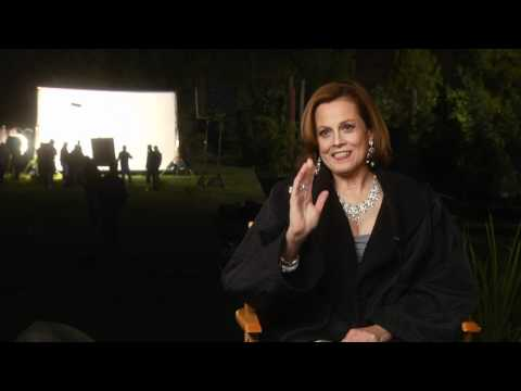 Paul - Sigourney Weaver Interview