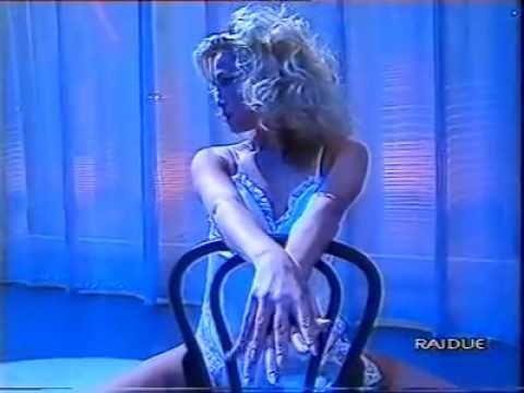 Balletto ragazze ok su canzone di Tina Turner