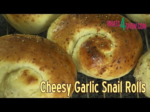 Soft Cheese & Garlic Dinner Rolls - How to Make Soft Cheesy Garlic Dinner Snail Rolls!!