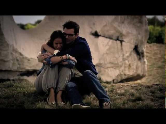 Nela Pocisková - Neviem sa nájsť (Búrlivé Víno) |OFFICIAL VIDEO|