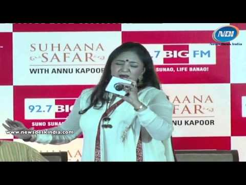 Jaspinder narula live performance on song Pyar to Hone hi tha...