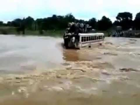 Shocking Video Of Kashmir Floods- Crowded Bus Swept Away video