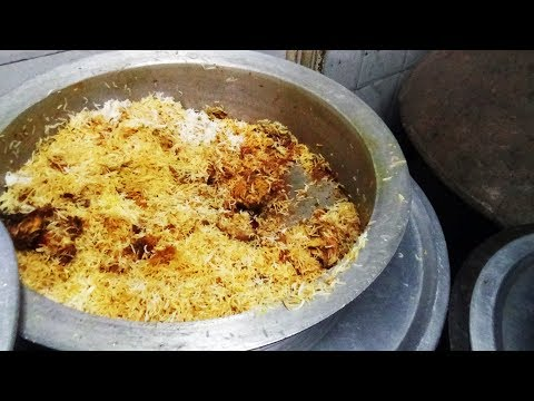 New Year Dhamaka Chicken Dum Biryani / Chicken Biryani @ 200 rs | Most Wanted Indian Street Food