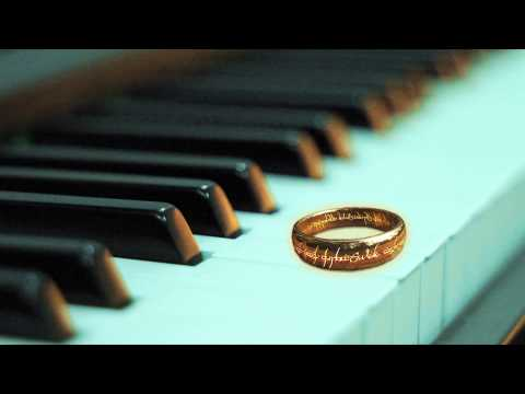 'In Dreams' Lord of the Rings - Piano and vocal cover
