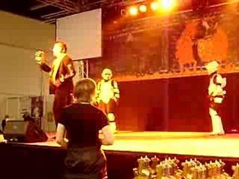 Tags: tattoo convention frankfurt ski king stormtroopers star wars dancing
