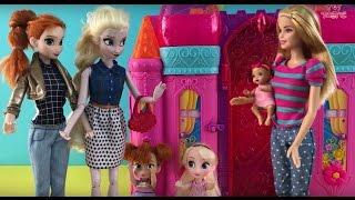 Best Elsa Anna Disney Princess & Barbie Dolls Videos! Beach Airplane Baby Sitter +Camper Van!