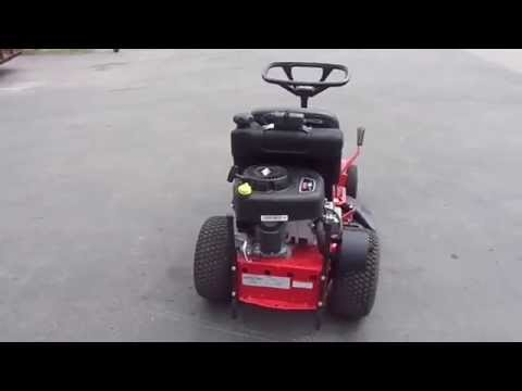 28'' Snapper Rear Engine Lawn Mower With Bagger