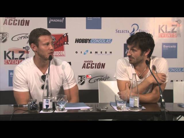 Eoin Macken and Tom Hopper from Merlin in Wizard Con Madrid