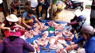 Tin tức trong ngày - Đồng Nai: 'Vỡ chuồng' thịt lợn tràn ra quốc lộ