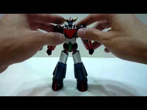 Bandai Super Robot Chogokin Grendizer Review video