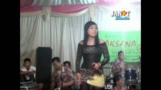 download lagu Semakin Sayang Semakin Kejam - Irna - Laksana gratis