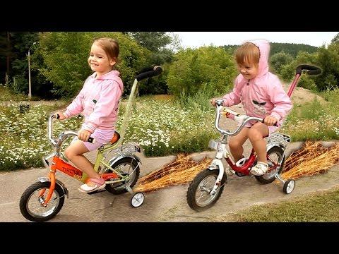 VLOG: Прогулка на велосипедах в парке ГОНКИ на велосипеде ребенок катается ride bicycles