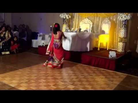 Indian Engagement Dance — Wah Wah Ramji Nagada Sang Dhol Mera...