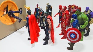 Hulk, Spider-Man, Iron Man Marvel Avengers Step into the Spo Spo Box SuperHeroes Toys