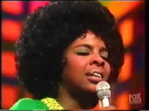 Gladys Knight & The Pips - Bridge Over Troubled Water (Live)