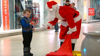 SANTA GIVES KIDS COAL PRANK  (COPS CALLED)
