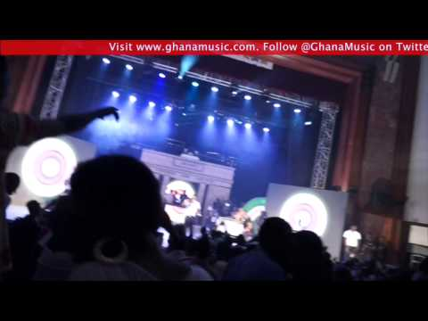 Shattta Wale & Davido - Performance  Ghana Meets Naija 2014 | Ghanamusic Video video