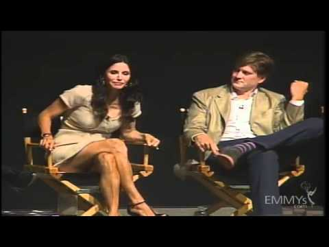 An Evening with Cougar Town - Complete Interview streaming vf