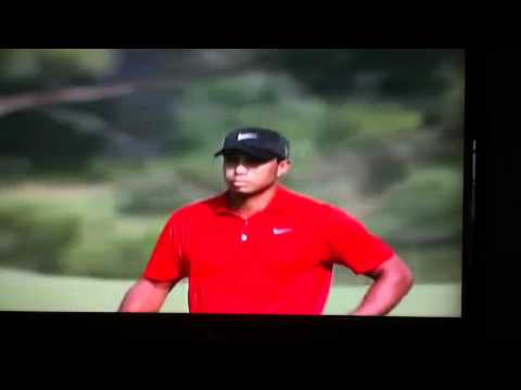 Tiger Woods approach on 15 at 2011 Masters