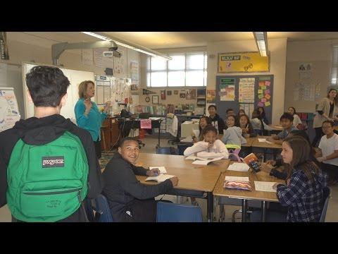 BACK TO SCHOOL PRANK!! (SURPRISING FANS IN CLASS)