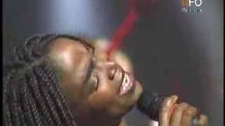Emeline Michel - Chante Libete'w an kreyol
