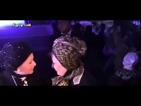 المصري نيوز قبلة ساخنة من سهير رمزي إلى صابرين في حفل مدرسة طيبة