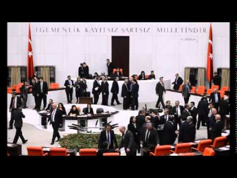 Turkish Parliament acquits ex-ministers on charges of corruption with ruling AKP votes