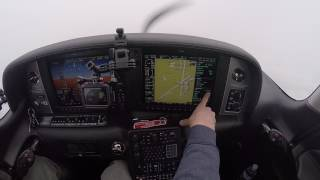 Landing a Cirrus SR22 in Freezing Fog and Snow | ILS Approach to Minimums | READ DESCRIPTION