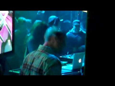 Skrillex - Hey Sexy Lady - Live @ Club 910 Live (in HD)