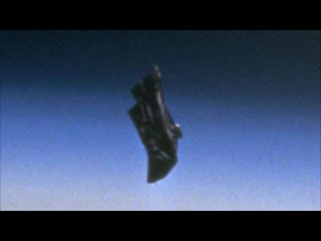 13000 YEAR OLD SATELLITE! THE BLACK KNIGHT UFO NASA IMAGES